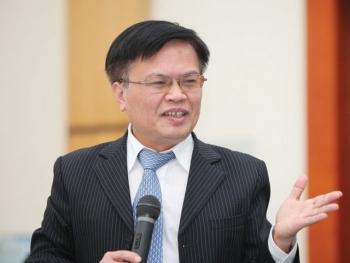 """TS Nguyễn Đình Cung: """"Quen kiểu làm theo quy định, quy trình"""" sẽ triệt tiêu mọi sáng tạo"""