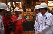 Người lao động dầu khí như những chiến sĩ tiền tiêu, bảo vệ vùng trời, vùng biển