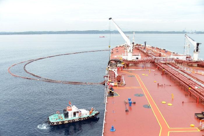 """Giá dầu giảm và chuyện """"vượt bão"""" của Lọc hóa dầu Bình Sơn"""