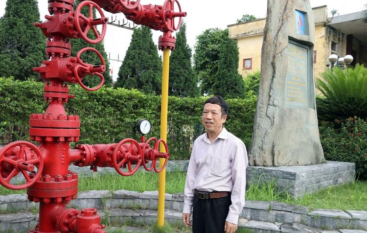 Nhớ về mốc son của ngành Dầu khí