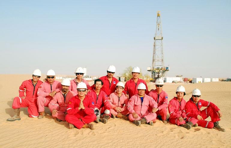 Cán bộ, kỹ sư người Việt tại khoan trường Sahara