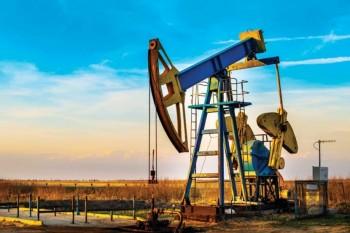 Giá xăng dầu hôm nay 9/9: Tụt giảm mạnh, dầu Brent xuống dưới 40 USD
