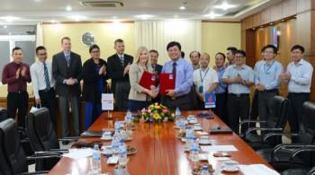 BSR ký biên bản ghi nhớ với Tập đoàn Honeywell UOP
