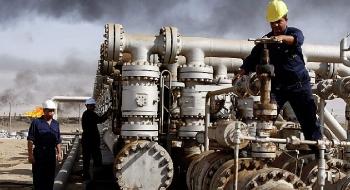 Saudi Arabia và Nga là 2 quốc gia cung cấp dầu thô lớn nhất của Trung Quốc