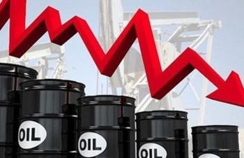 Giá xăng dầu hôm nay 17/2: Lo cung tăng, giá dầu giảm nhẹ