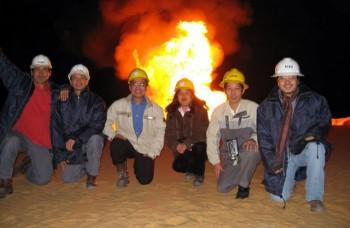 Màu cờ sắc áo của Việt Nam trên Sa mạc lửa