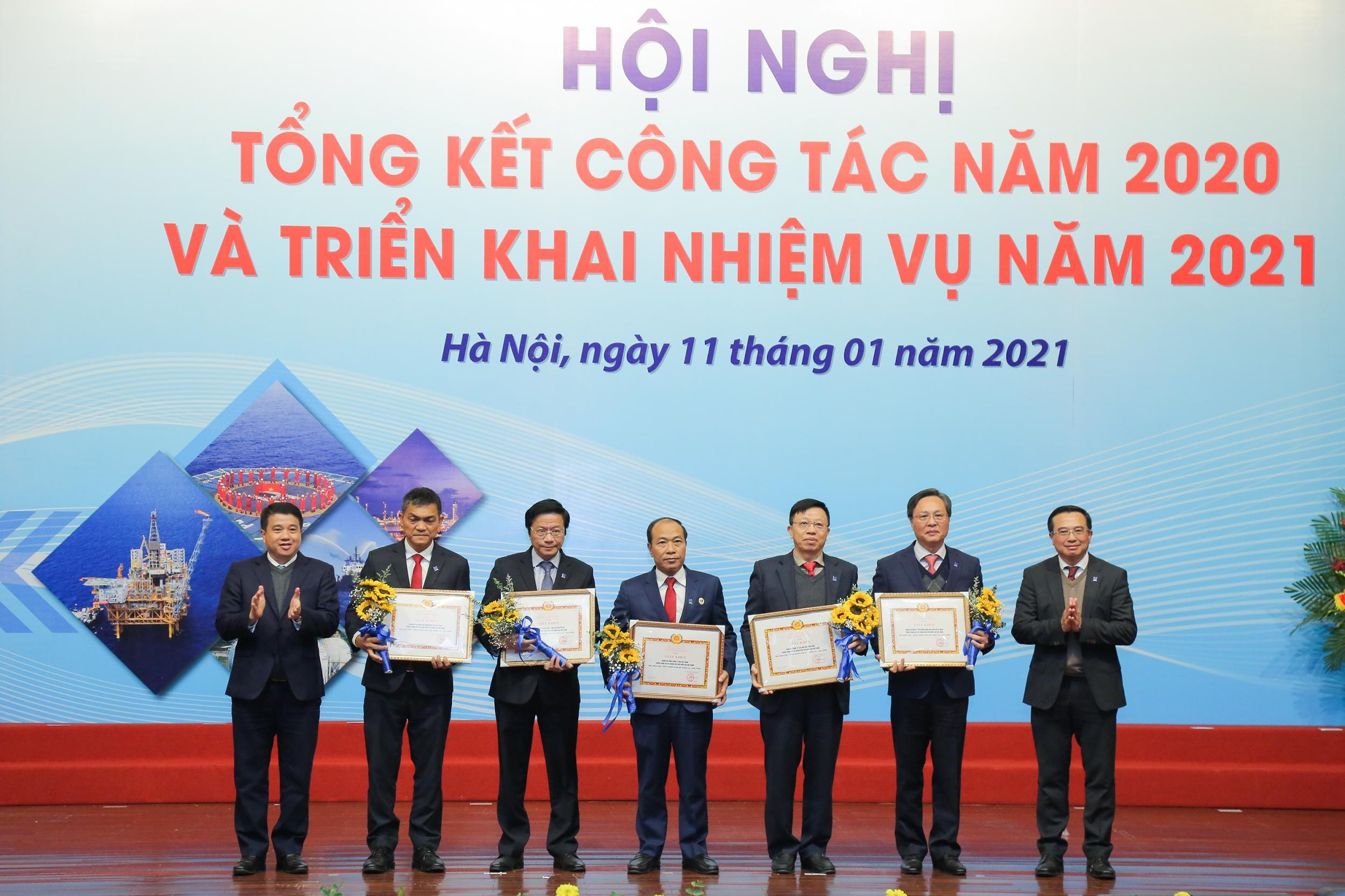 BSR là một trong 10 đơn vị có thành tích xuất sắc trong phong trao thi đua giai đoạn 2015 - 2020