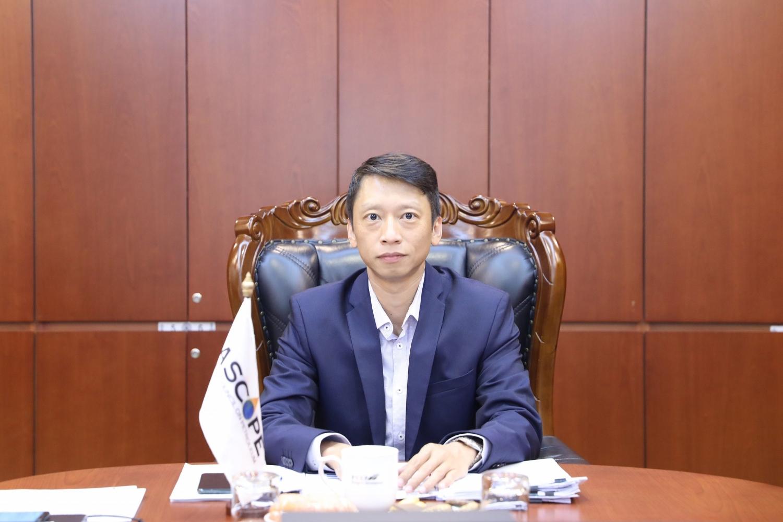 Tổng Thư ký ASCOPE Trần Hồng Nam trình bày báo cáo tại Chương trình