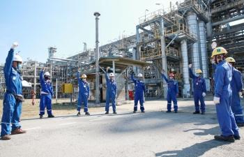 Giá xăng dầu hôm nay 16/6: Tăng vọt, dầu Brent vượt ngưỡng 74 USD