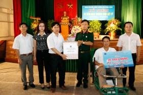Hội Cựu chiến binh Tập đoàn thăm hỏi, tặng quà các thương binh, gia đình liệt sỹ