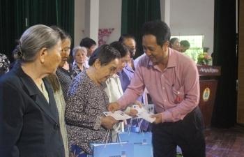 BSR trao quà cho gia đình chính sách thuộc địa bàn TP Quảng Ngãi