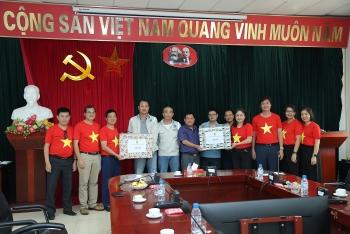 CĐ DKVN thăm hỏi, động viên người lao động tại dự án NMNĐ Thái Bình 2