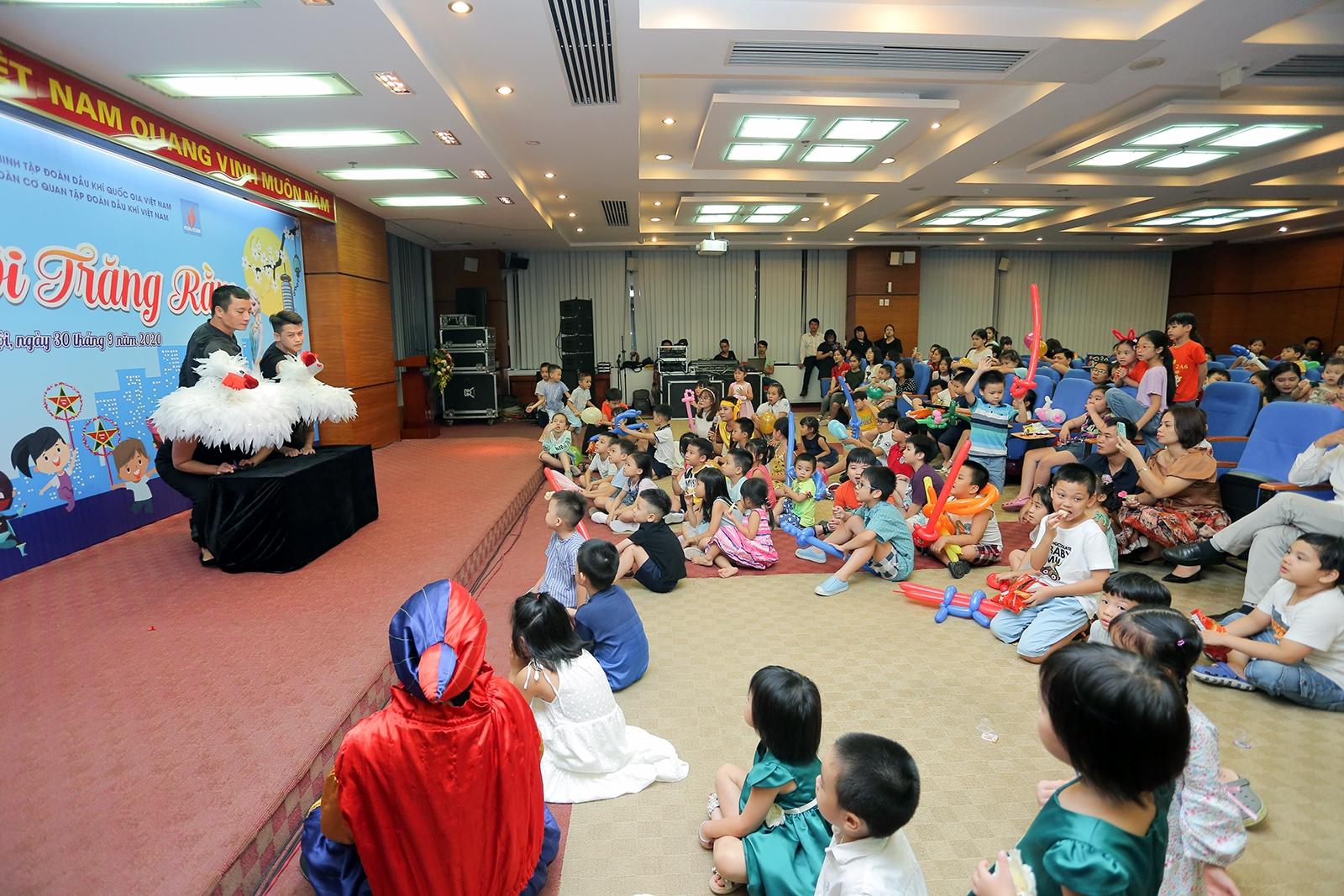 Tuổi trẻ Cơ quan Tập đoàn tổ chức chương trình Trung thu