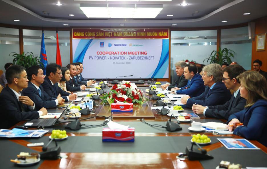 PV Power làm việc với các đối tác Liên bang Nga