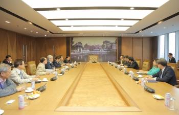 Chủ tịch HĐTV Petrovietnam Hoàng Quốc Vượng làm việc với Hiệp hội Năng lượng Việt Nam