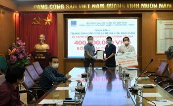 PVChem tặng Trung tâm cấp cứu A9 Bệnh viện Bạch Mai 20 xe cáng vận chuyển bệnh nhân