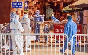 Thủ tướng chỉ đạo 10 tỉnh thành chuẩn bị sẵn sàng để hỗ trợ Hà Nội phòng, chống dịch COVID-19