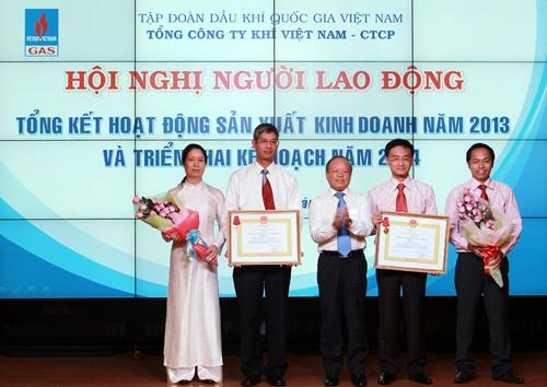 pvn duy tri on dinh san luong dau va khi nam 2013