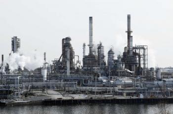 Giá dầu đạt mức gần cao nhất trong một tháng qua