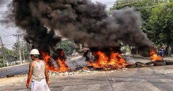 Các công ty dầu khí tại Myanmar chịu áp lực chấm dứt tài trợ cho chính quyền quân đội