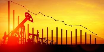 Giá dầu giảm sâu sau khi Ả rập Saudi giảm giá bán và nhập khẩu dầu của Trung Quốc chậm lại