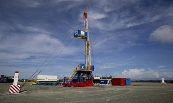 Zarubezhneft nghiên cứu thành công công nghệ sử dụng hydro để giảm độ nhớt của dầu trong khai thác dầu nặng