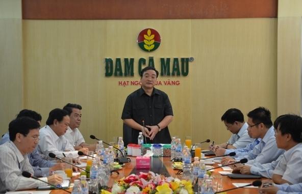 Phó Thủ tướng Hoàng Trung Hải thăm và làm việc tại Nhà máy Đạm Cà Mau