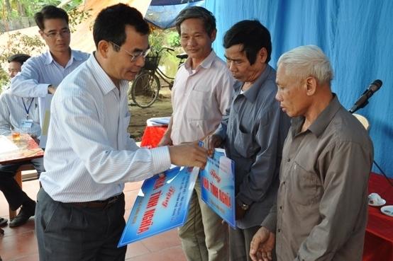 vietsovpetro ban giao 6 nha tinh nghia tai thai binh