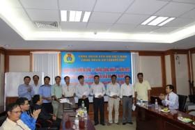 Công đoàn Dầu khí Việt Nam tặng quà đoàn viên Công đoàn Vietsovpetro