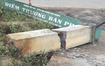 Vụ cổng trường đổ đè chết 3 học sinh: Vì sao trụ cổng không có cốt thép?