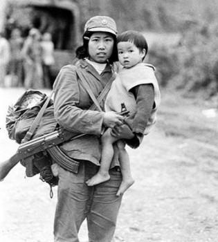 Bức ảnh gây xúc động trong chiến tranh biên giới Việt - Trung