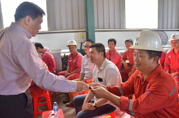 pv drilling to chuc chuc tet nguoi lao dong xuan canh ty 2020