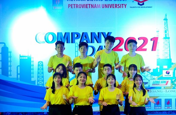 Ngày hội Company Day PVU 2021 – Cầu nối gắn kết mối quan hệ hữu cơ giữa doanh nghiệp, nhà trường và sinh viên