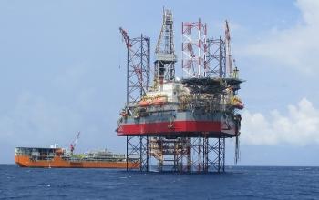 Chứng khoán 11/1: Cổ phiếu Dầu khí bứt phá, PVD, PVB tiếp tục tăng trần