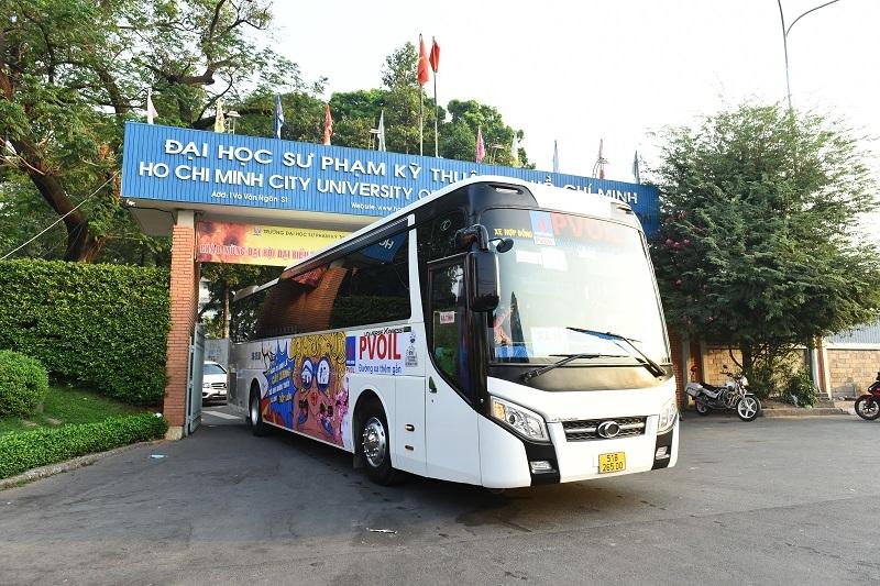 PVOIL hỗ trợ xe đưa sinh viên về quê đón Tết