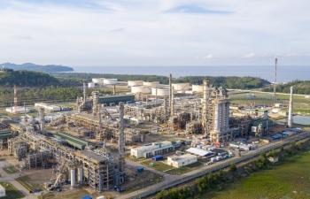 Hưởng lợi trực tiếp từ giá dầu, cổ phiếu BSR liên tục bứt phá