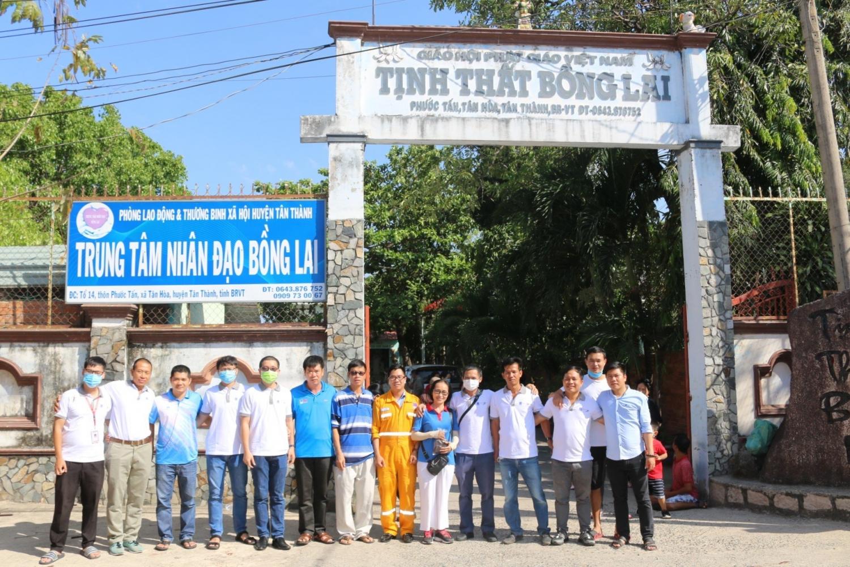 Hành trình yêu thương đến Trung tâm nhân đạo Bồng Lai