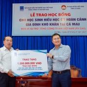 PV GAS trao 500 suất học bổng cho học sinh nghèo hiếu học tỉnh Cà Mau