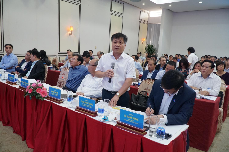 đồng chí Phan Ngọc Trung - Thành viên HĐTV Petrovietnam đóng góp ý kiến thảo luận