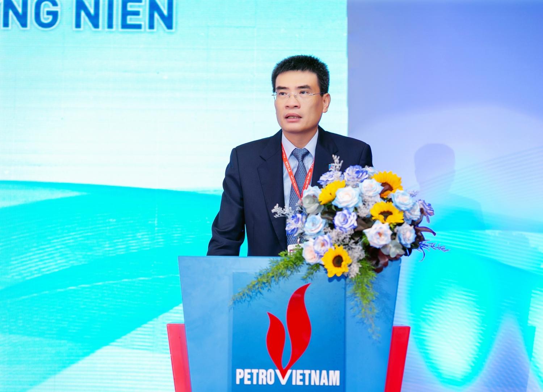 TGĐ PV GAS Dương Mạnh Sơn báo cáo Đại hội