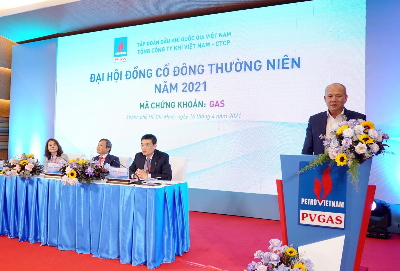 Đại diện cổ đông lớn của PV GAS là Tập đoàn Dầu khí Việt Nam, ông Đinh Văn Sơn, Thành viên HĐTV PVN phát biểu ý kiến