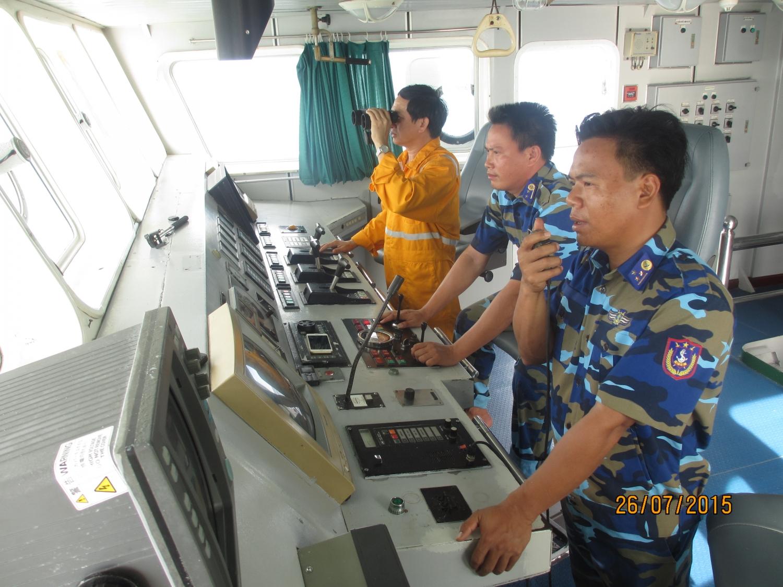 PV GAS thường xuyên phối hợp tuần tra an ninh an toàn đường ống biển, phối hợp hỗ trợ ngư dân mùa mưa bão