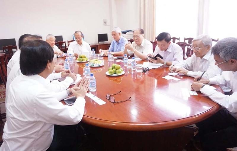 Hội Dầu khí Việt Nam làm việc với Công ty TNHH Hóa dầu Long Sơn