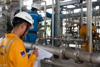 Cổ phiếu dầu khí bật tăng mạnh trong phiên cuối tuần