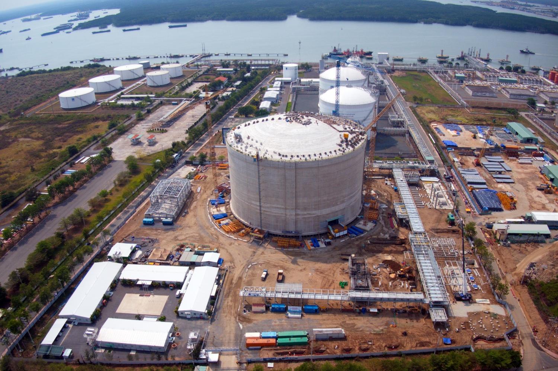 hịp độ trên công trường Dự án Kho chứa LNG tại Thị Vải vẫn tiếp tục khẩn trương
