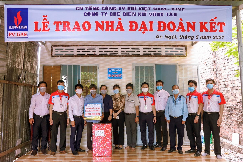 KVT trao tặng 2 nhà Đại đoàn kết tại Long Điền, BR-VT