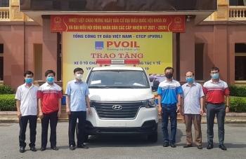PVOIL tặng xe cứu thương phục vụ công tác phòng chống dịch COVID-19