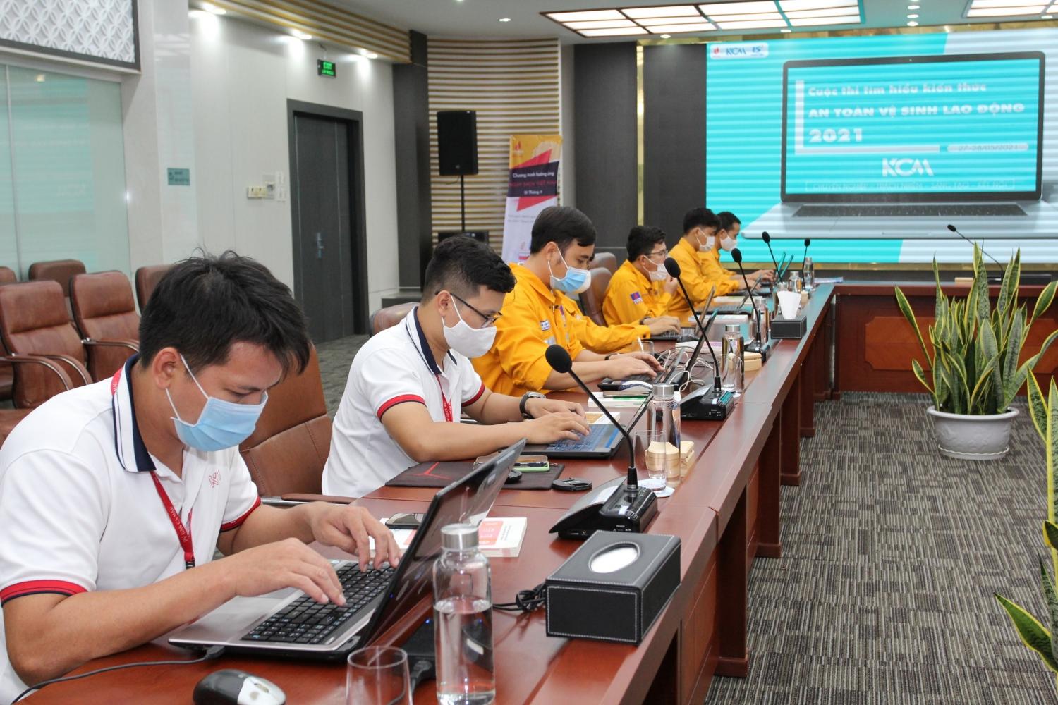 Cuộc thi kiến thức an toàn vệ sinh viên do Công đoàn PV GAS tổ chức