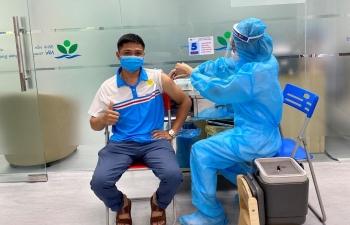 Người lao động PVOIL được tiêm vắc-xin phòng Covid-19