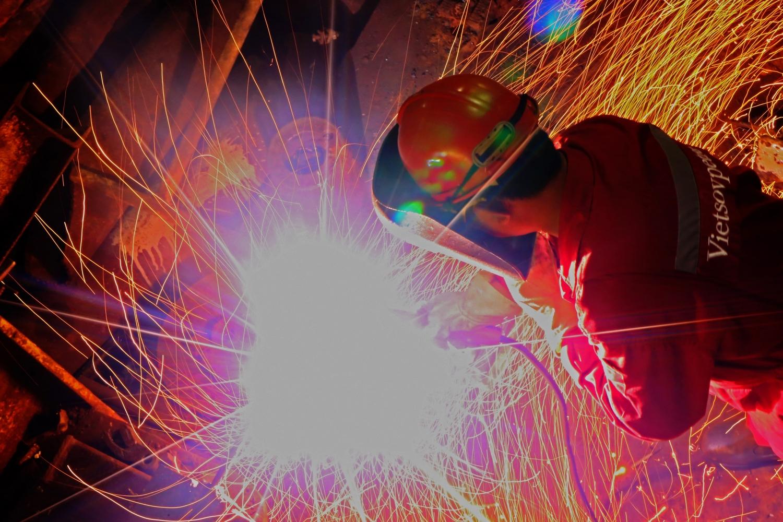 Người thợ Dầu khí